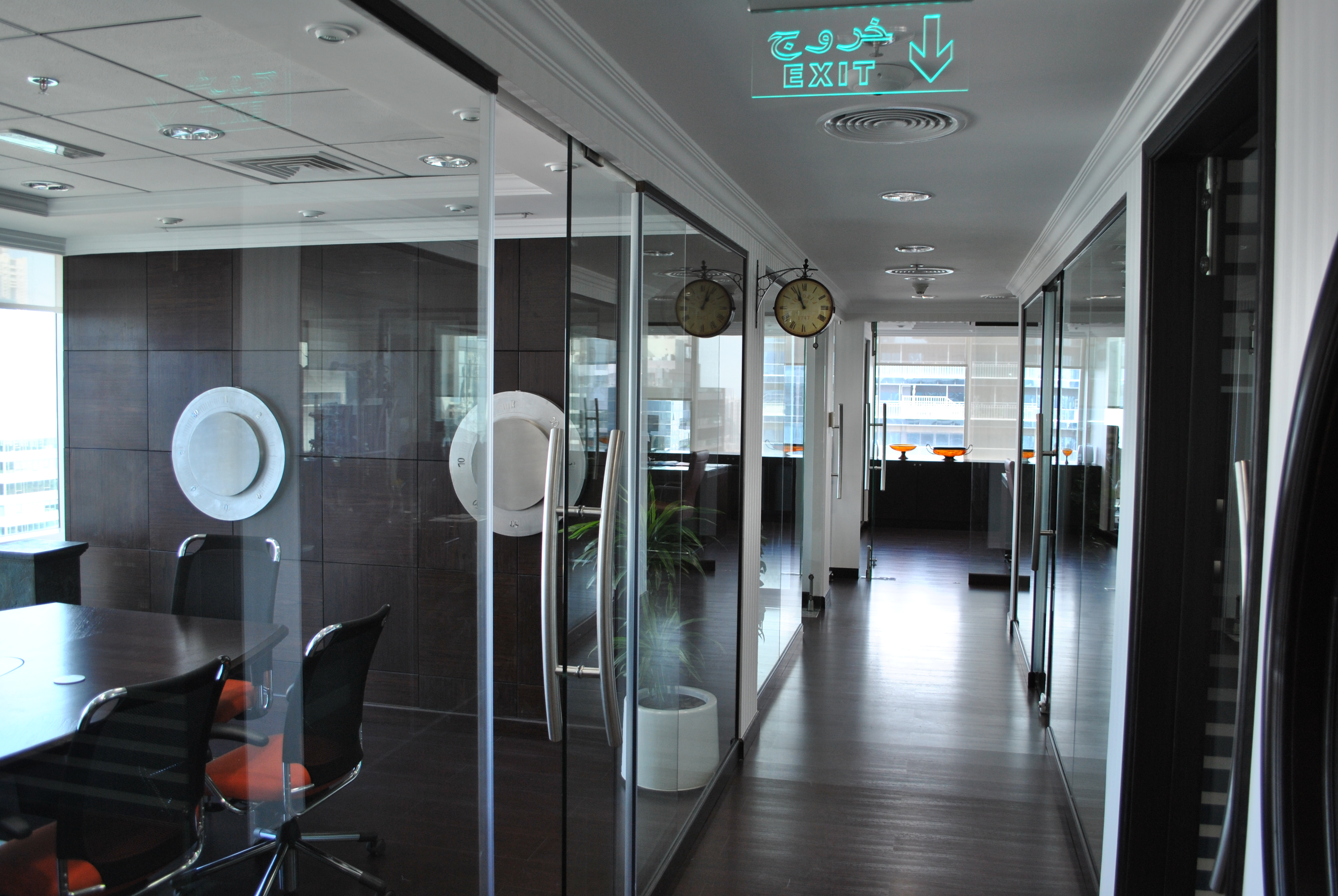 Glass partition works all about interiors - Partition in interior designing ...